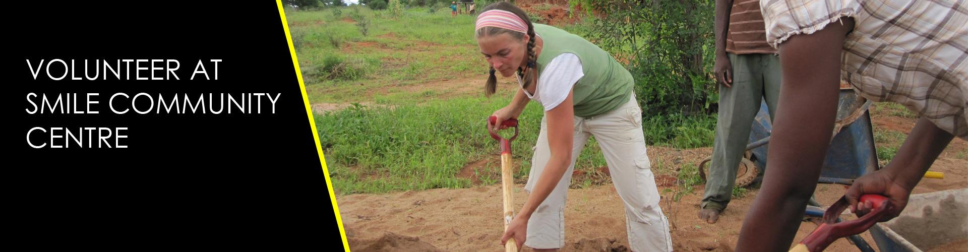 volunteer in kenya at smile community centre